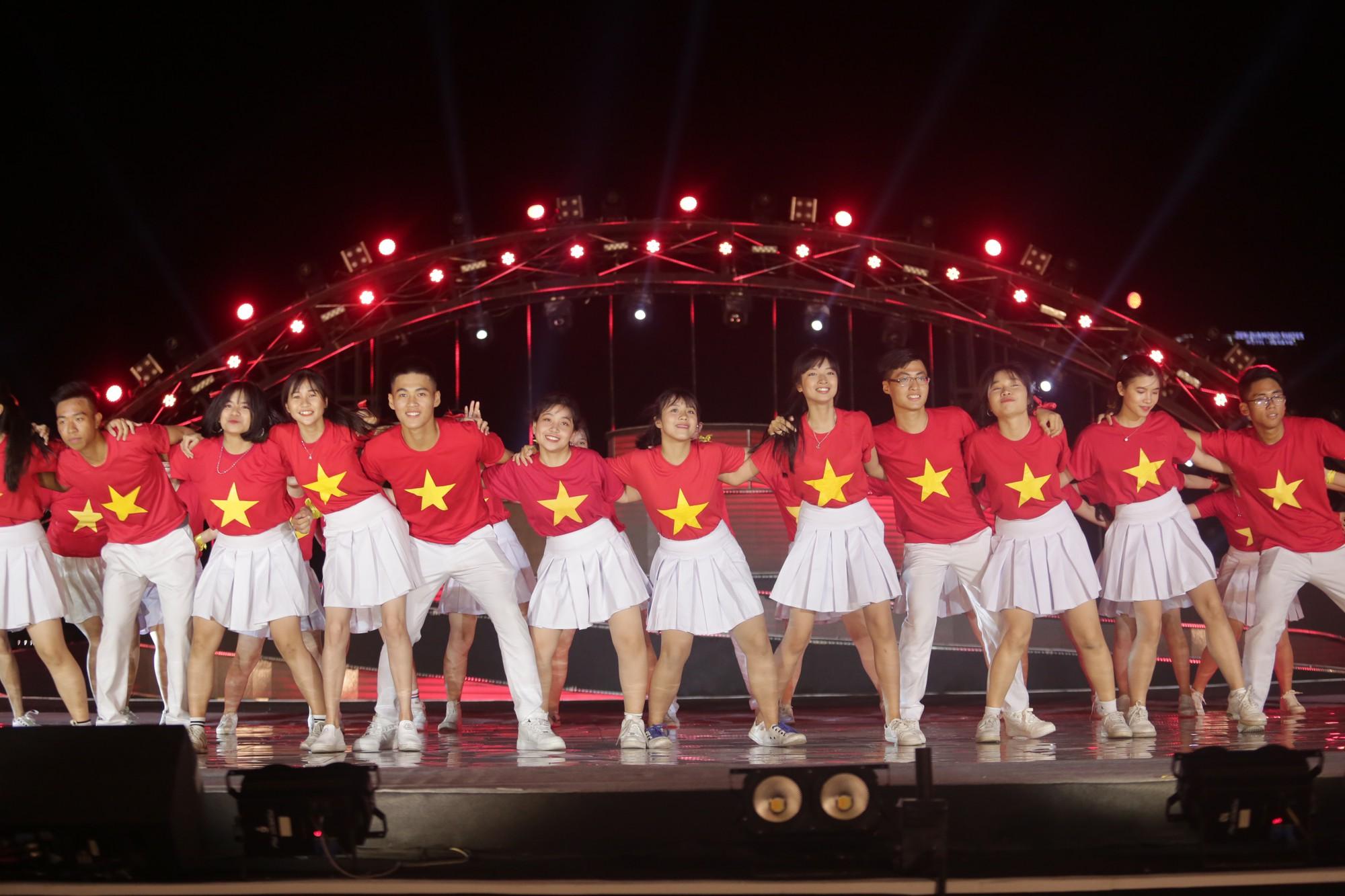 Giới trẻ hào hứng với cuộc thi Flashmob 2019 - Sóng tuổi trẻ toàn quốc - Ảnh 4.