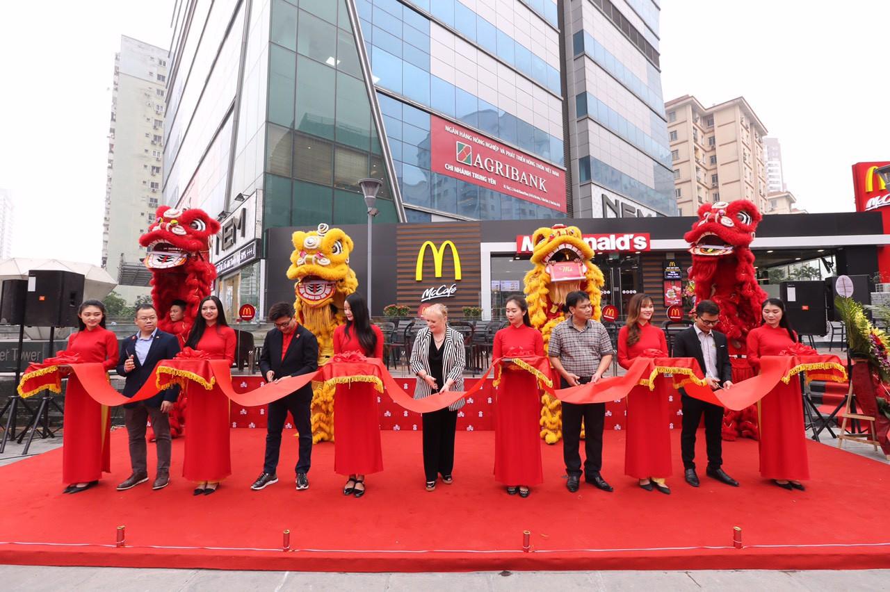 McDonald's khai trương nhà hàng thứ 2 tại Hà Nội - Ảnh 1.