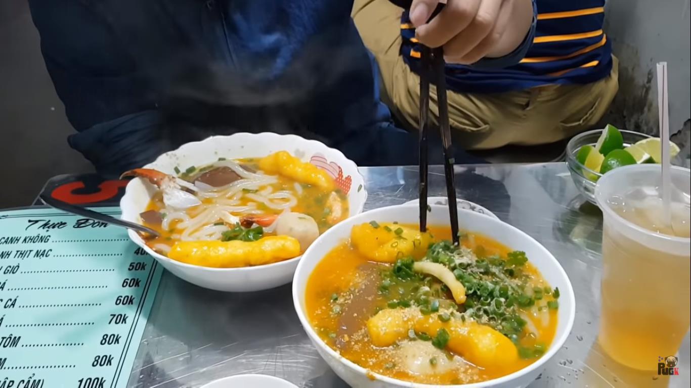 Tổng hợp những món ăn nhất định phải thử khi đặt chân tới Sài Gòn - Ảnh 4.