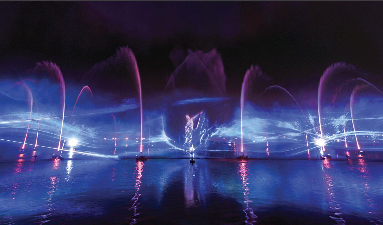 """Tưng bừng mùa lễ hội 30/4: """"Quẩy xuyên màn đêm với Đầm Sen by Night - Ảnh 2."""