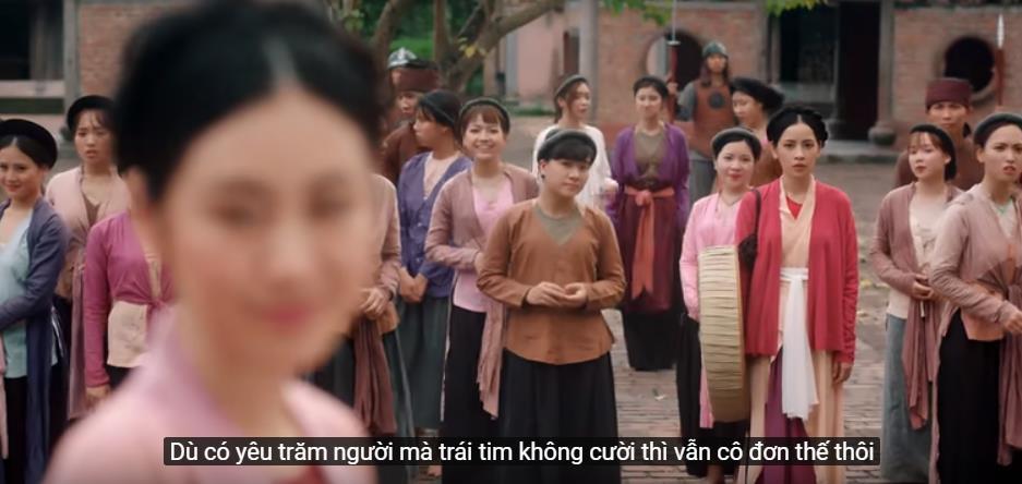 Soi những chi tiết thú vị trong MV cổ trang mới của Chi Pu - Ảnh 2.