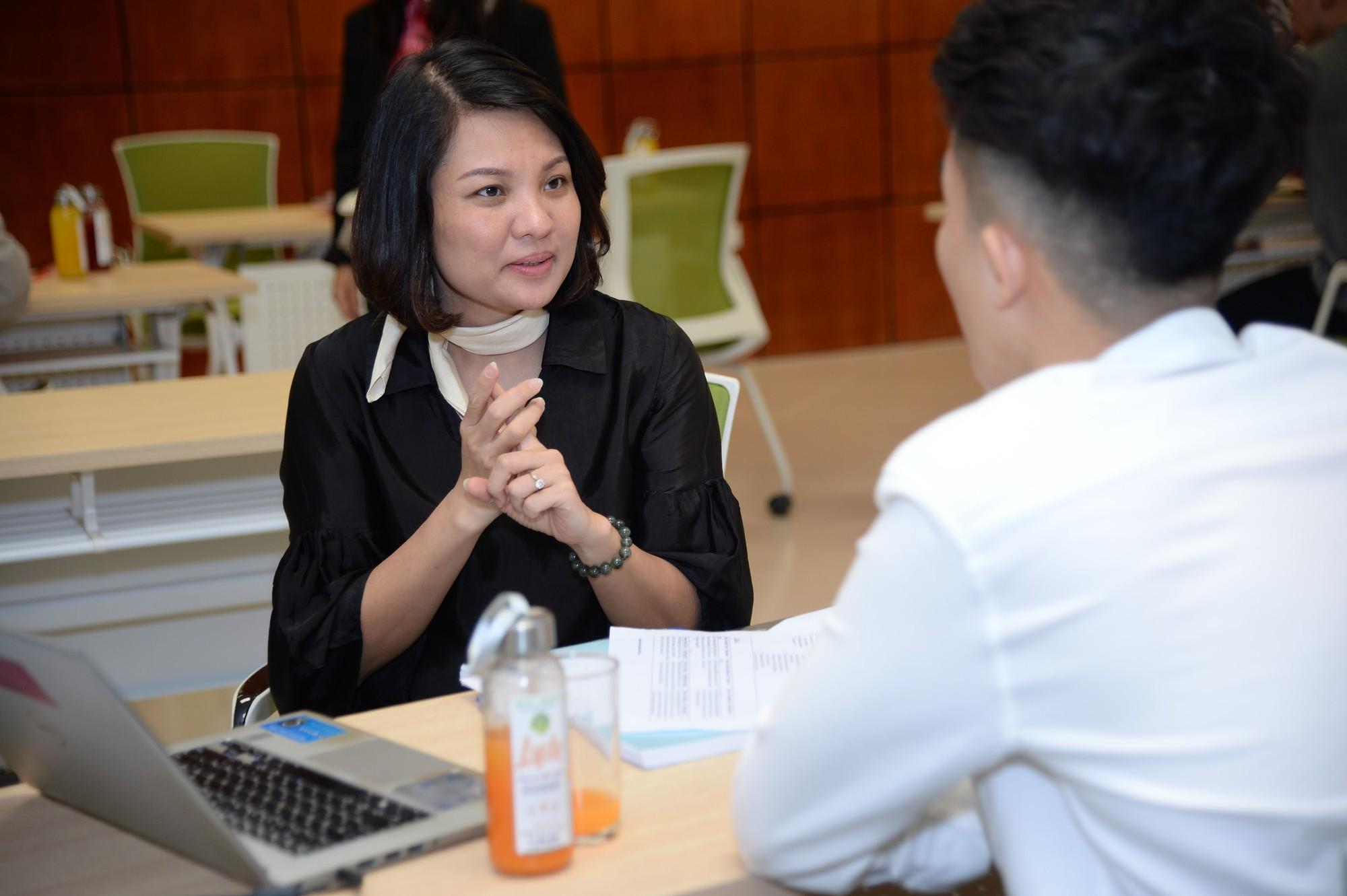 Sôi nổi ngày hội hướng nghiệp chuyên sâu 2019 cùng TOPCV - Ảnh 5.