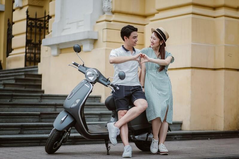 Bắt gặp hotgirl 7 thứ tiếng Khánh Vy sánh đôi cùng trai lạ trên xe điện Dibao - Ảnh 10.