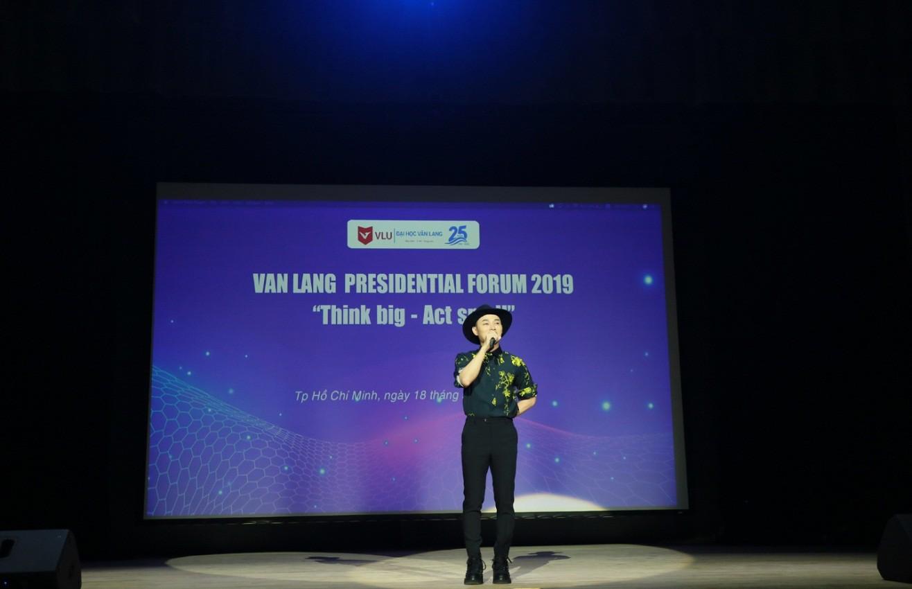 Diễn đàn VanLang Presidential Forum 2019: Giáo sư Trương Nguyện Thành truyền cảm hứng cho sinh viên - Ảnh 6.