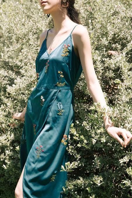 """Xu hướng """"mặc thiên nhiên"""" cho thời trang hè 2019 - ảnh 3"""
