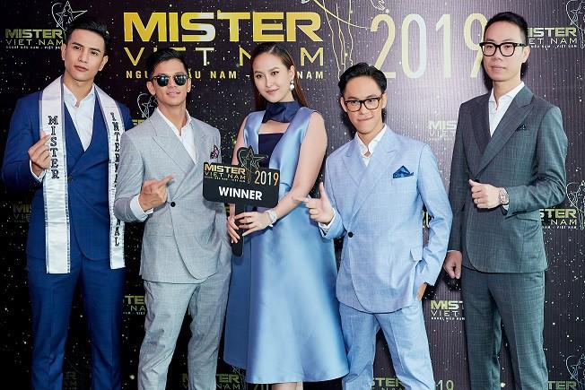 """Loạt sao Việt tham gia huấn luyện hình mẫu người đàn ông """"chuẩn"""" ở Mister Việt Nam 2019 - Ảnh 2."""