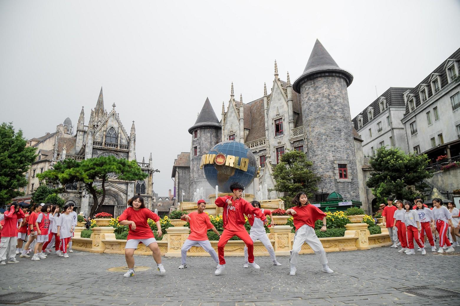 """""""Mục sở thị nơi tranh tài đẹp như tranh vẽ của Top 16 Flashmob - Sóng tuổi trẻ - Ảnh 6."""