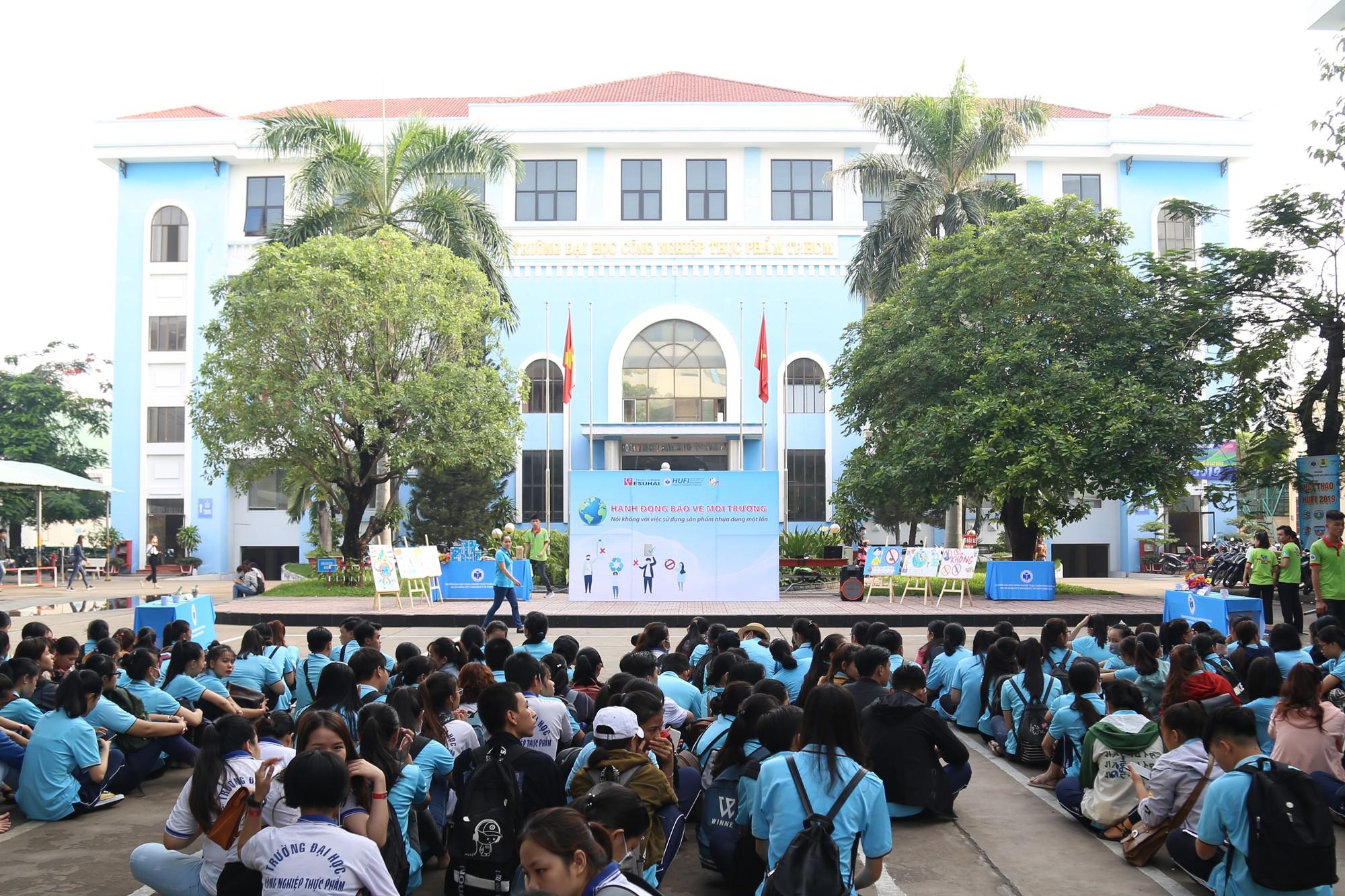 Hệ thống trường THCS THPT Trần Cao Vân tăng cường đầu tư vào trường THPT Trần Quốc Toản - Ảnh 3.