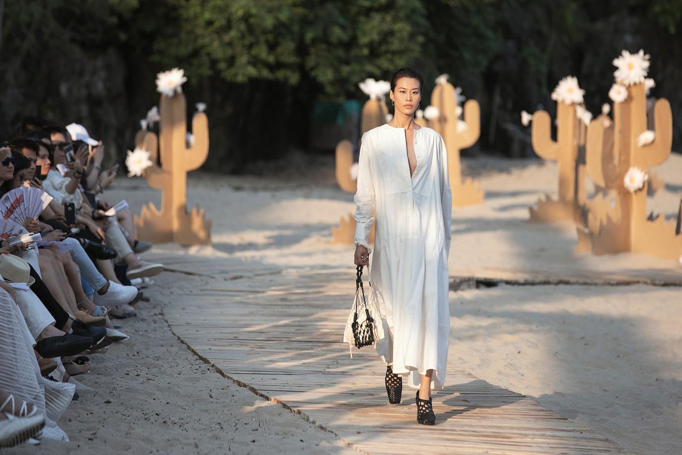Nhìn lại những dấu ấn khó quên của Fashion Voyage mùa 2 - Ảnh 5.