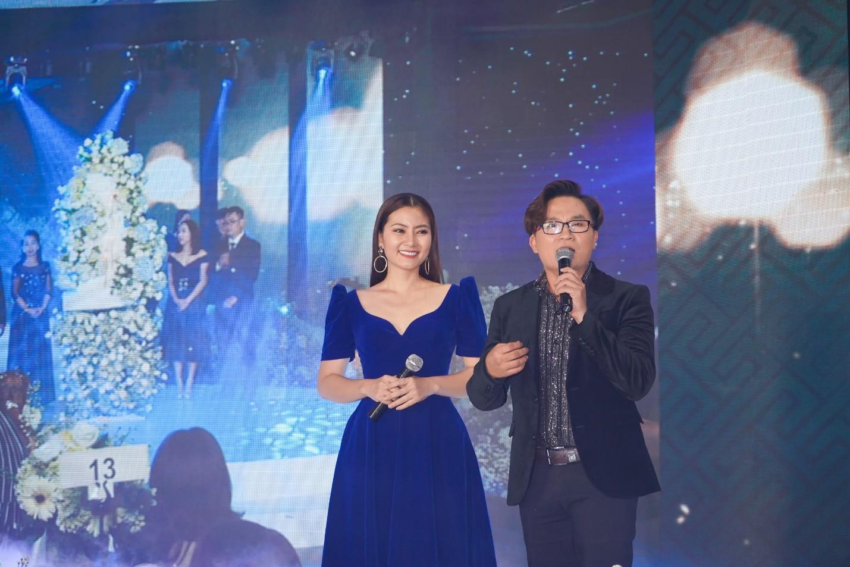 Người mẫu Thúy Hạnh, diễn viên Cát Phượng, Hải Yến cùng dàn nghệ sĩ Việt xuất hiện rạng ngời tại sự kiện - Ảnh 2.