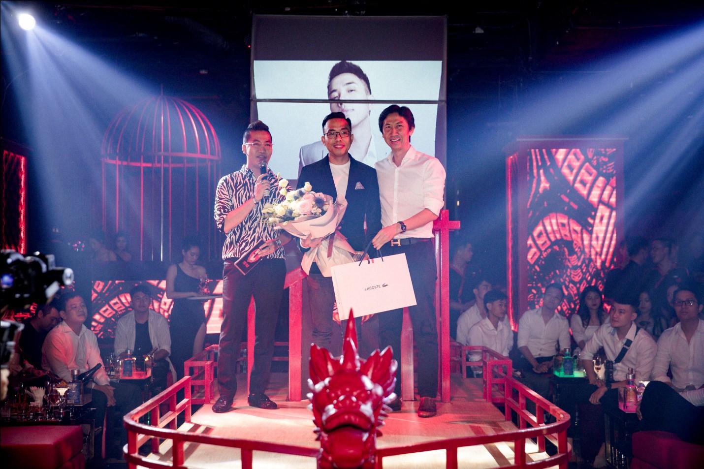 Có gì trong điểm giải trí mà nhạc sĩ Nguyễn Hồng Thuận chi đậm tổ chức sinh nhật? - Ảnh 7.