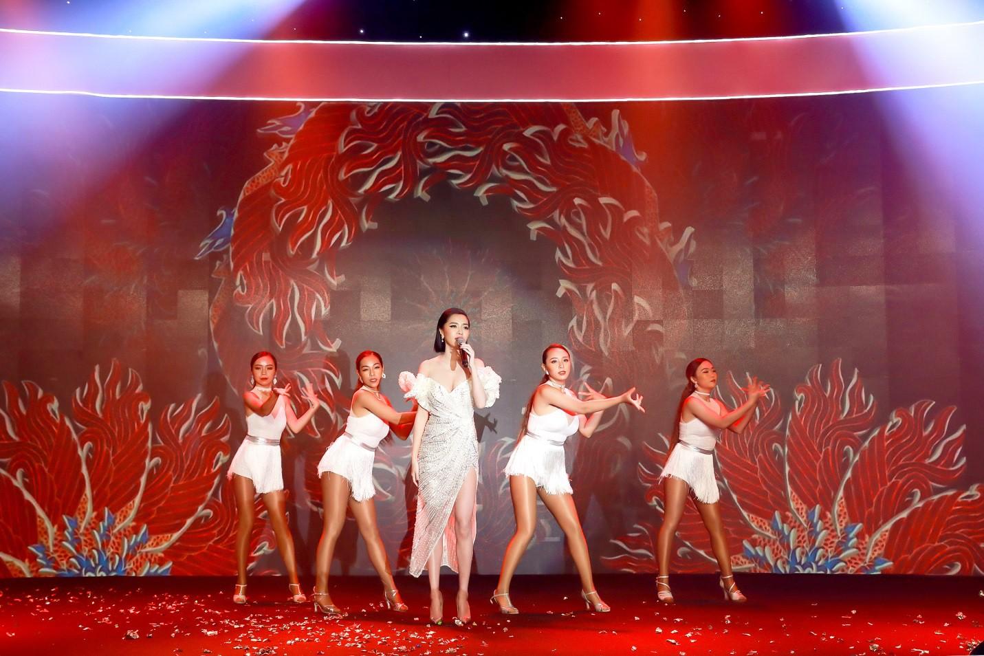 Bích Phương cùng dàn hot face đình đám tụ hội tại sự kiện ra mắt thương hiệu mỹ phẩm ANA'T - Ảnh 2.