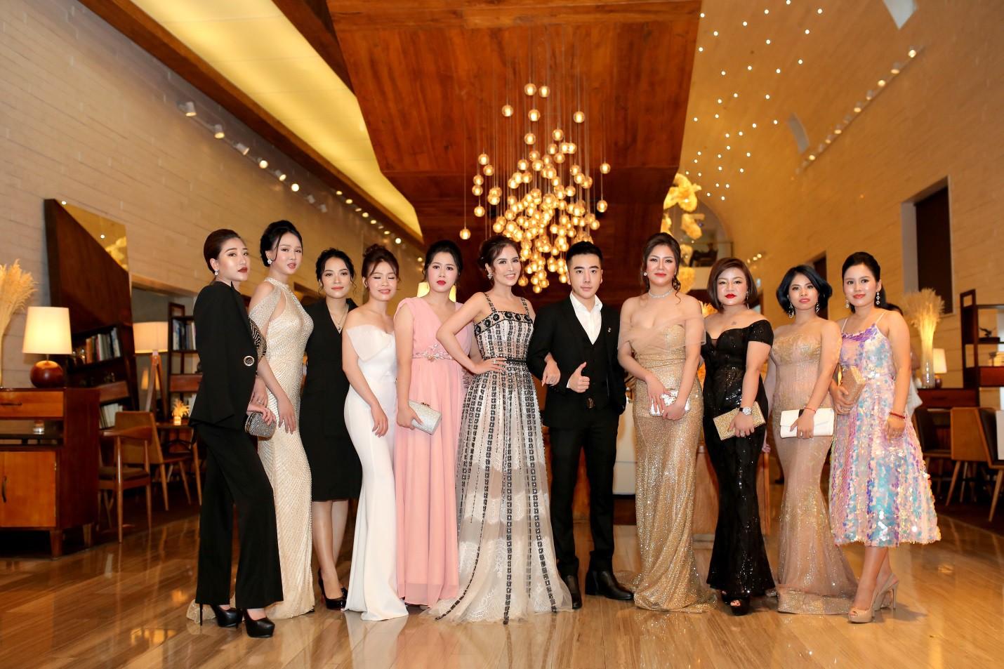 Bích Phương cùng dàn hot face đình đám tụ hội tại sự kiện ra mắt thương hiệu mỹ phẩm ANA'T - Ảnh 4.