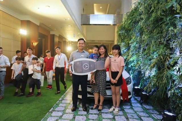 CenLand tặng quà với tổng giá trị 1,6 tỉ đồng cho khách hàng dự án KĐT Vườn Sen - Ảnh 1.