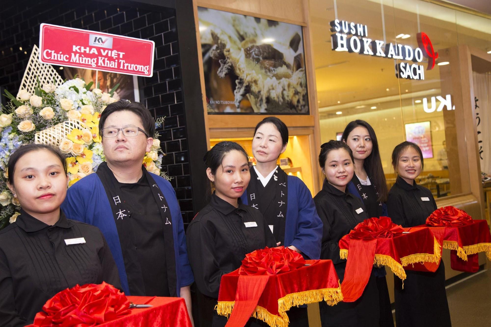 Basta Hiro tưng bừng khai trương chi nhánh thứ 4 tại Vincom Đồng Khởi - Ảnh 2.