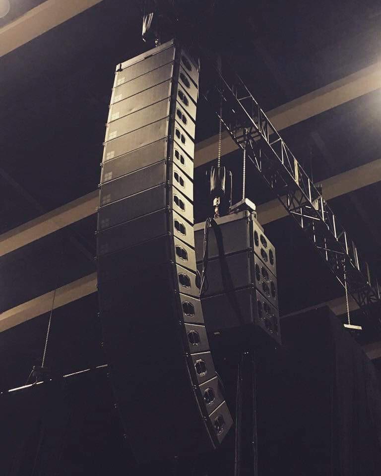 Lộ diện sân khấu Aqua League: Pháo đài nước khổng lồ sử dụng 100 tấn thiết bị và những khó khăn chưa từng tiết lộ - Ảnh 2.