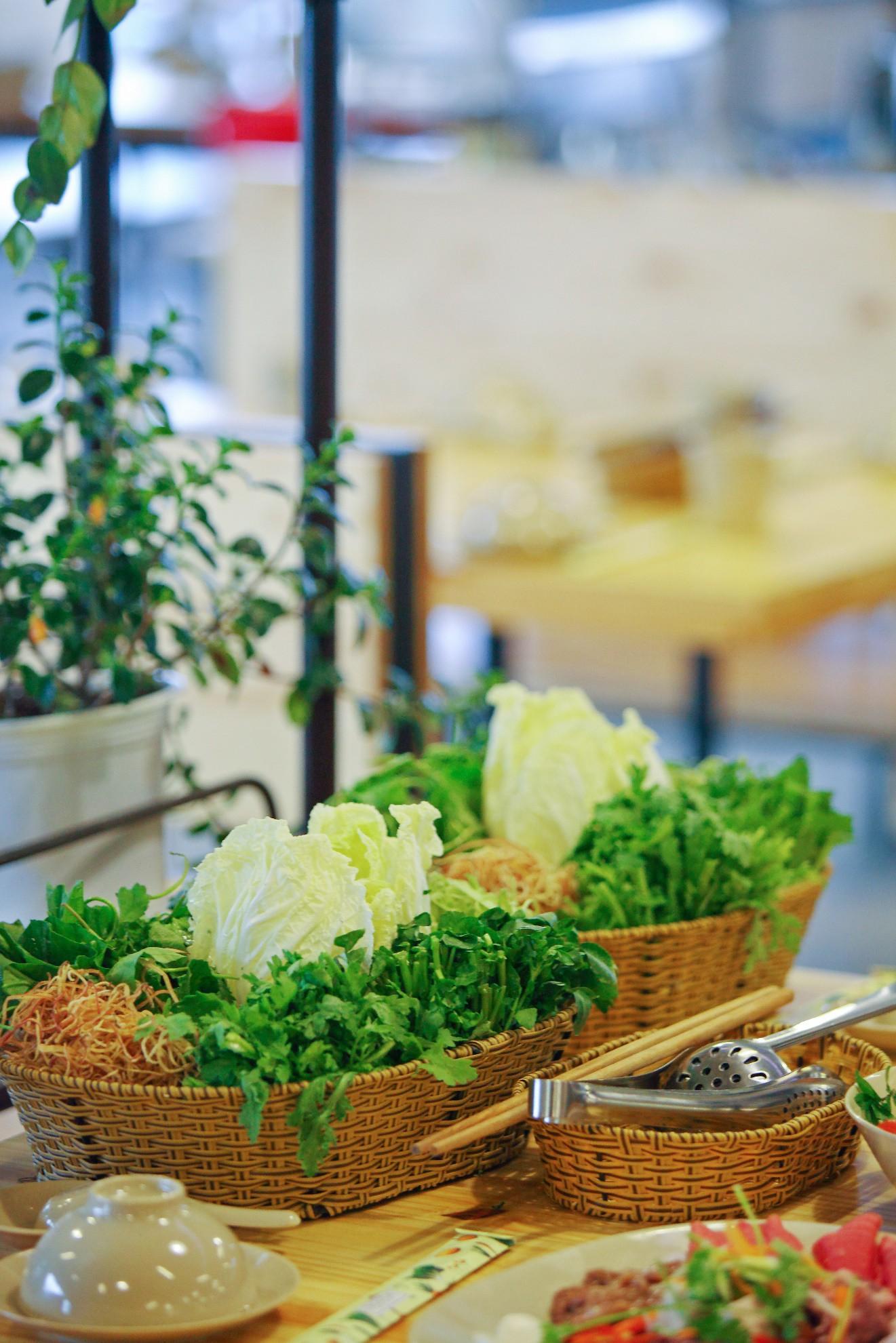 Ăn rau thả ga tại buffet rau Léguda Nha Trang - Ảnh 3.