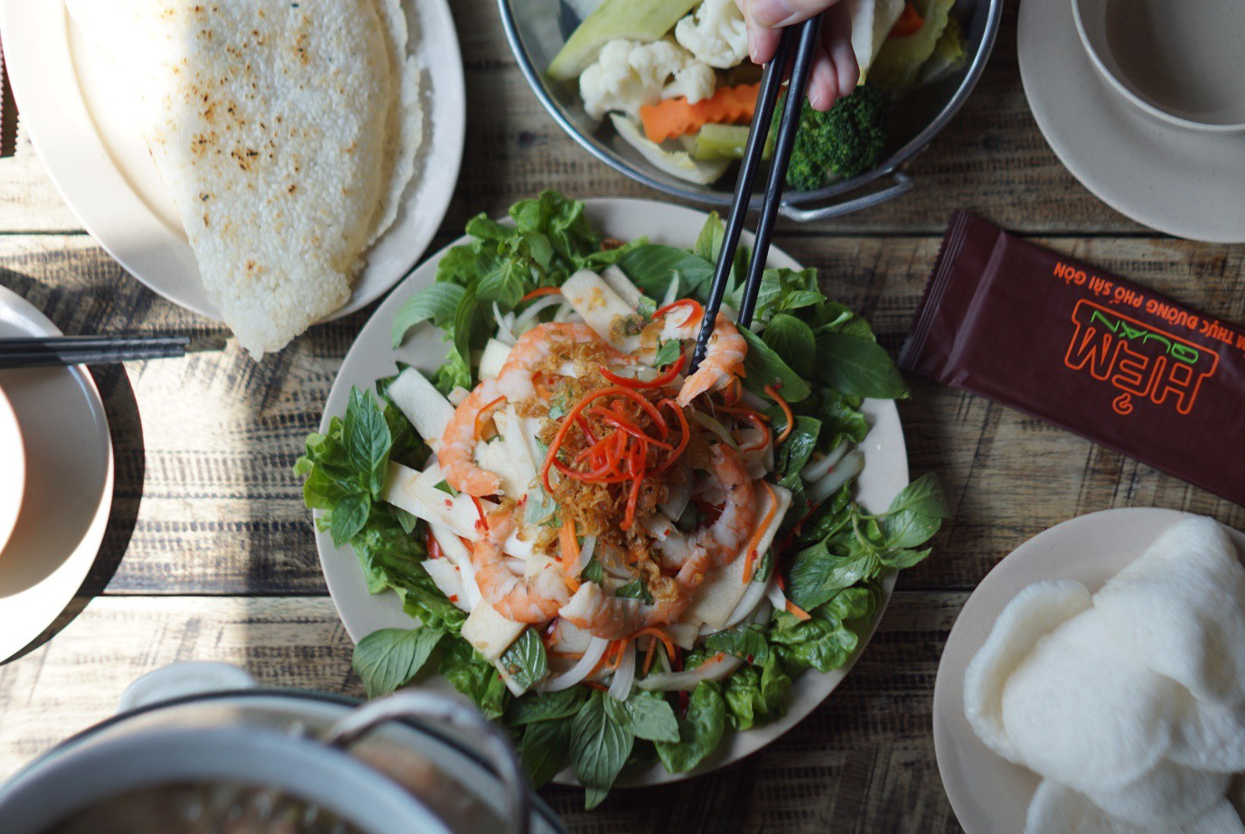 Hẻm Quán: Văn hoá ẩm thực Sài Gòn giữa lòng Hà Nội - Ảnh 3.