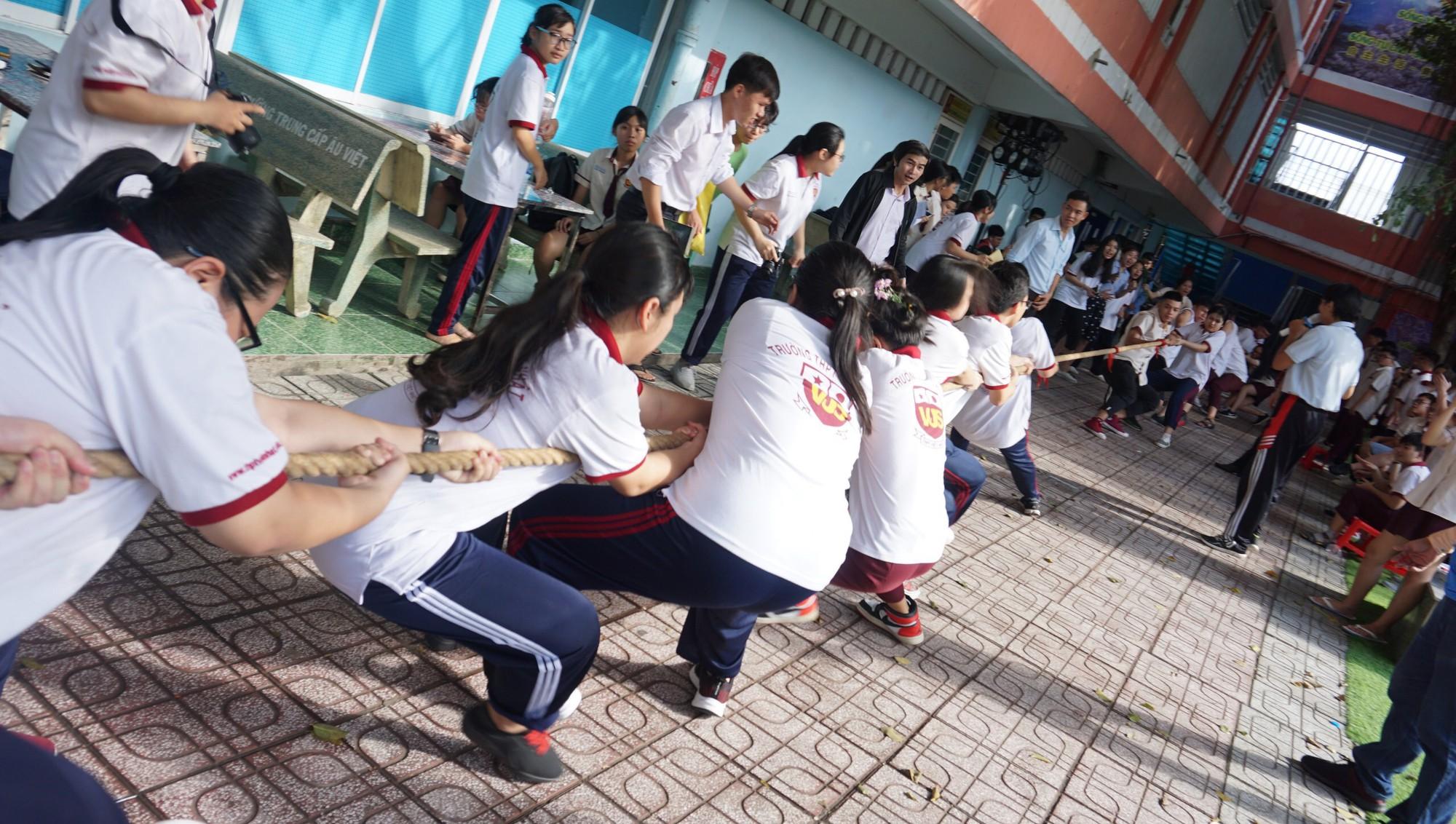 """Ngôi trường """"dạy"""" học sinh nở nụ cười mỗi ngày, đối mặt thất bại - Ảnh 3."""