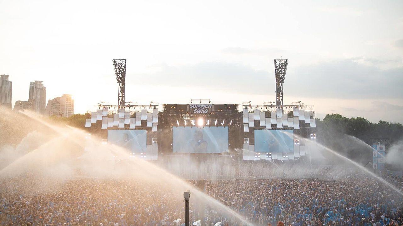 Lộ diện sân khấu Aqua League: Pháo đài nước khổng lồ sử dụng 100 tấn thiết bị và những khó khăn chưa từng tiết lộ - Ảnh 3.