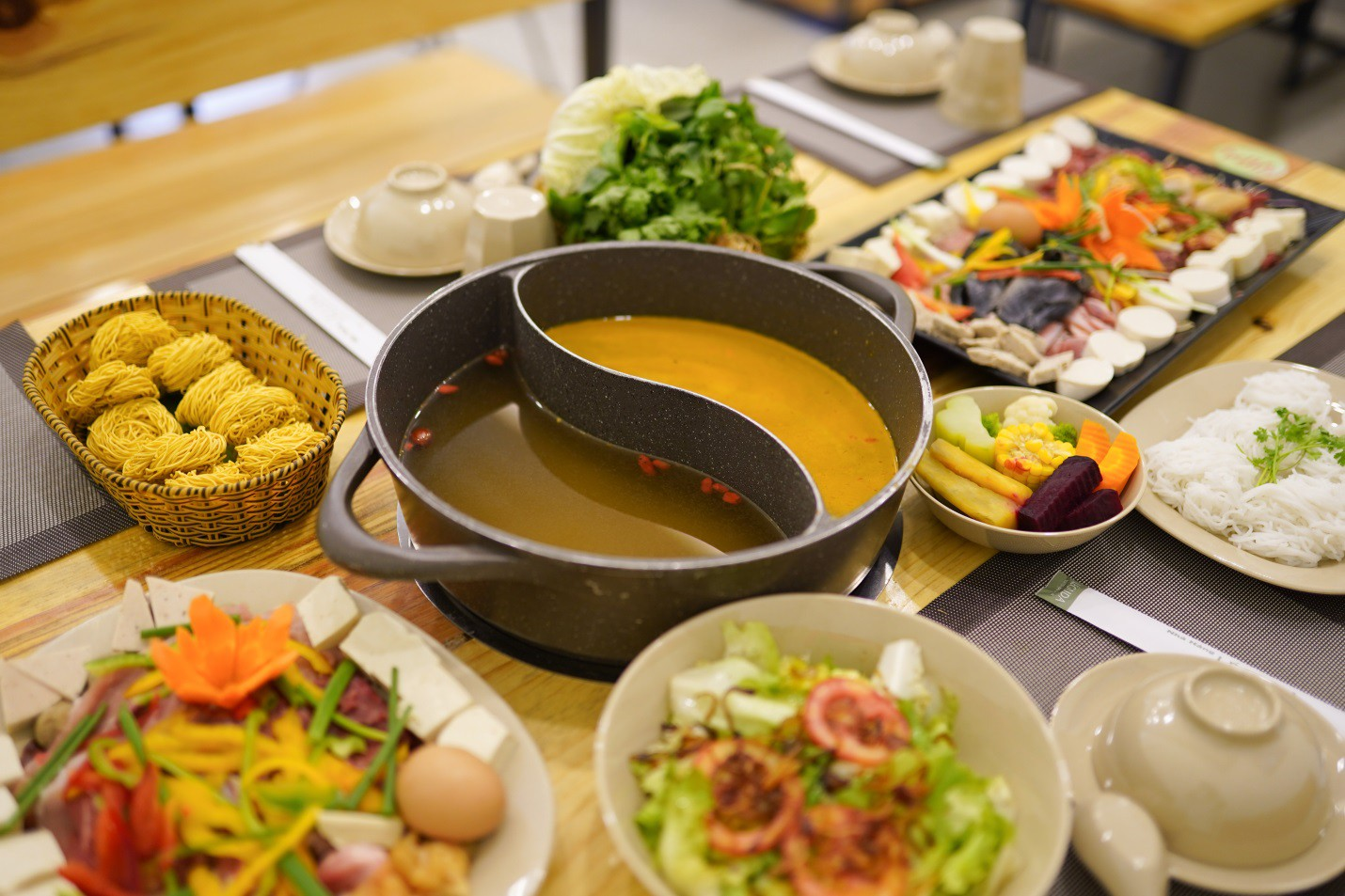 Ăn rau thả ga tại buffet rau Léguda Nha Trang - Ảnh 4.