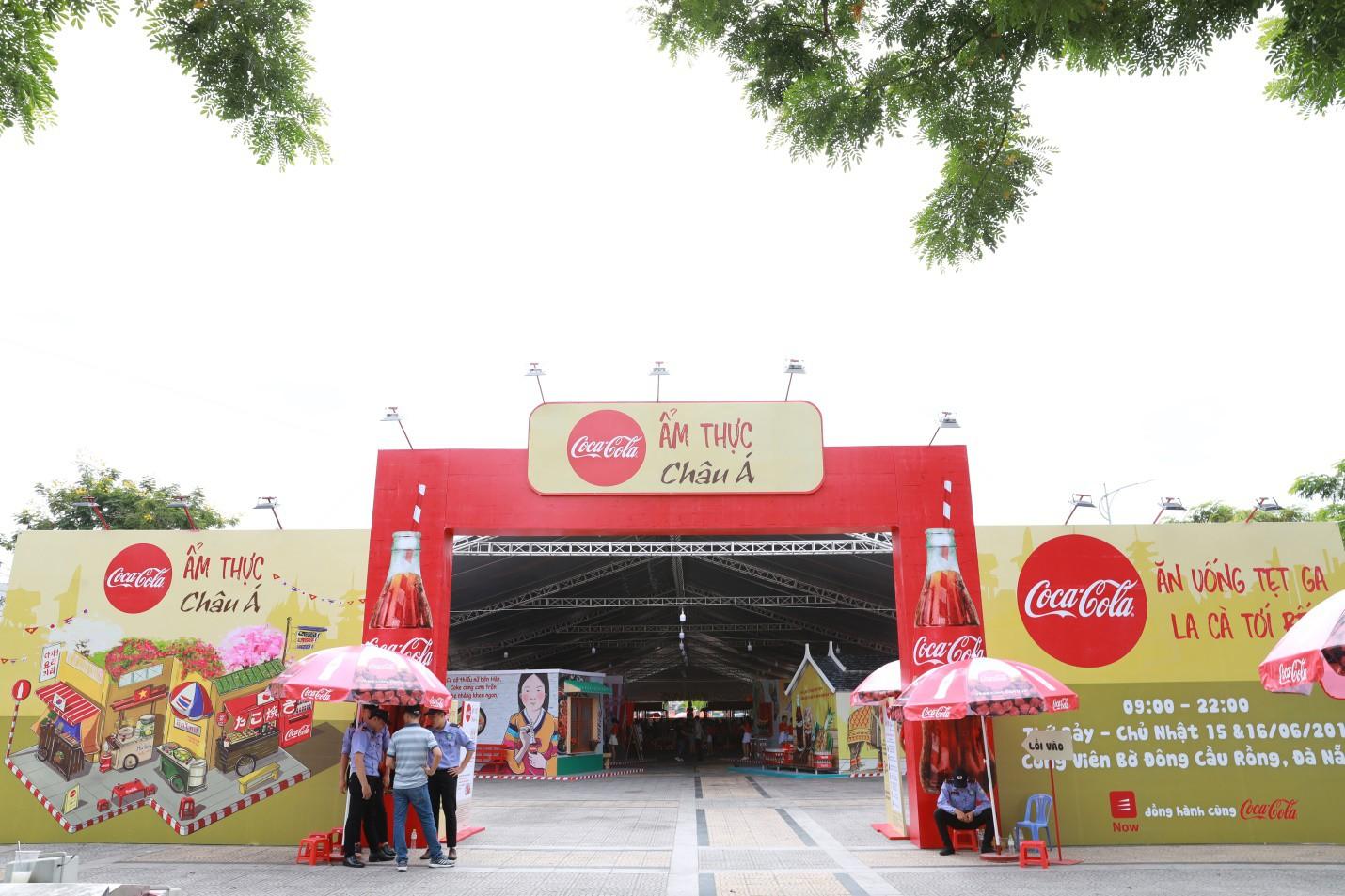 Hàng trăm tín đồ ẩm thực Việt thỏa mãn hết nấc vì được đắm mình trong thiên đường của ngon vật lạ! - Ảnh 2.