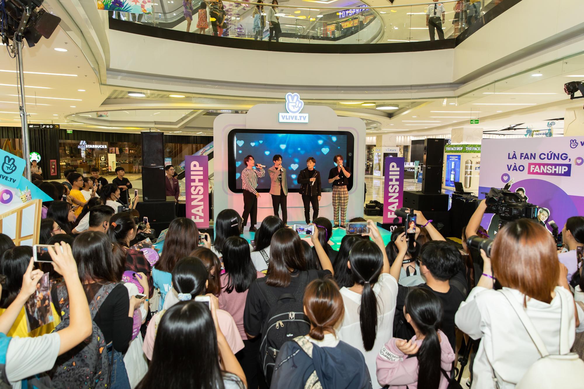 Vừa công bố FC Online, Monstar liền tổ chức ký tặng cho fan cứng - Ảnh 2.