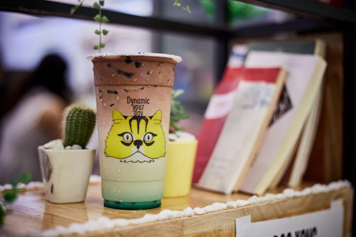Cùng cạ cứng truy lùng chuỗi cửa hàng trà sữa made in Vietnam hot hit mùa hè - Ảnh 3.