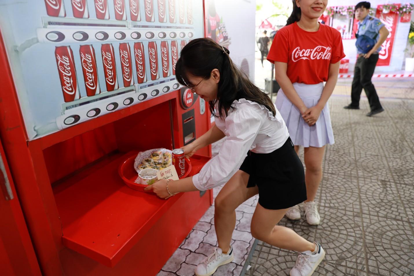 Hàng trăm tín đồ ẩm thực Việt thỏa mãn hết nấc vì được đắm mình trong thiên đường của ngon vật lạ! - Ảnh 7.