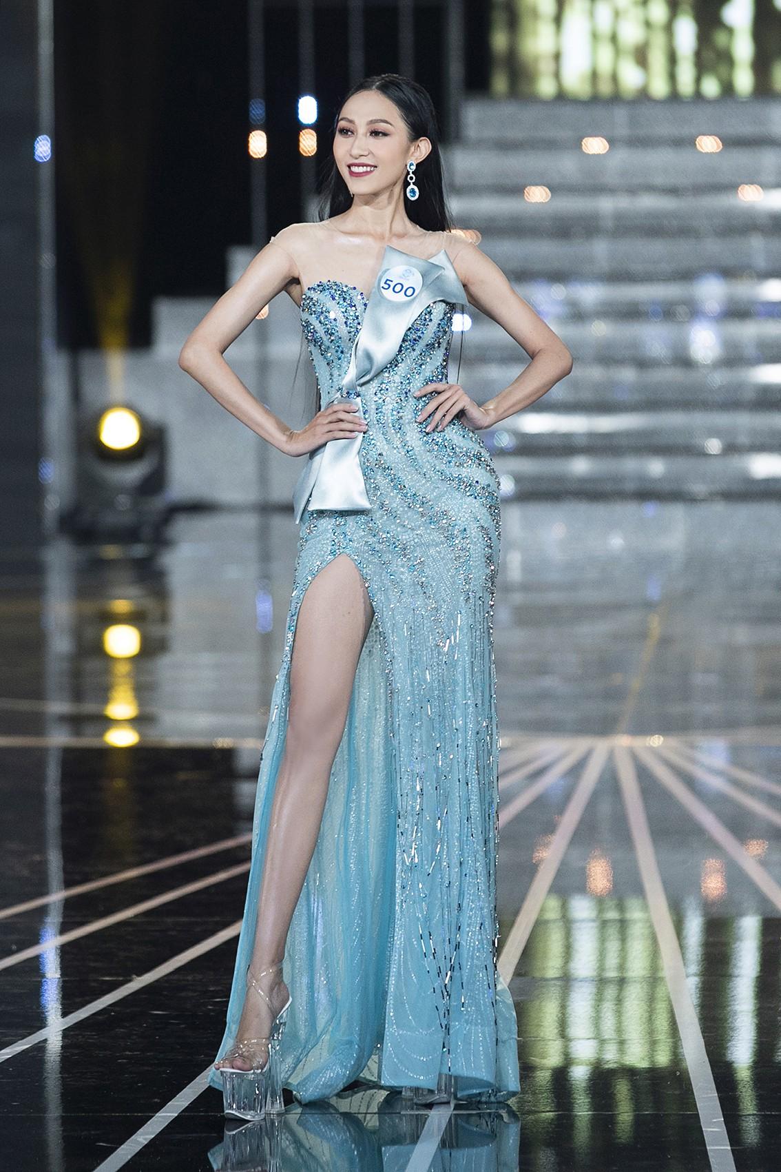 Màn dạ hội bay bổng của NTK Nguyễn Minh Tuấn trong đêm chung khảo phía Nam Miss World Việt Nam 2019 - Ảnh 6.