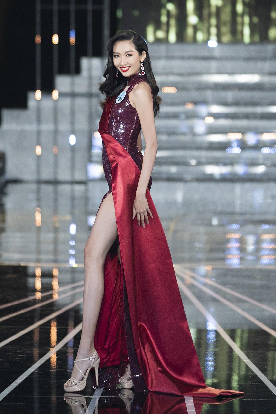 Màn dạ hội bay bổng của NTK Nguyễn Minh Tuấn trong đêm chung khảo phía Nam Miss World Việt Nam 2019 - Ảnh 8.