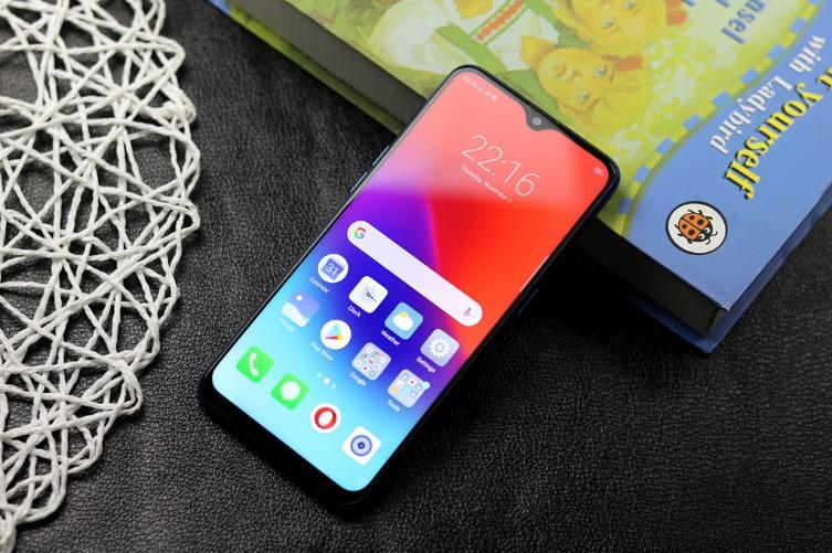 Những trend thiết kế smartphone đã lên ngôi trong 3 năm qua - Ảnh 1.