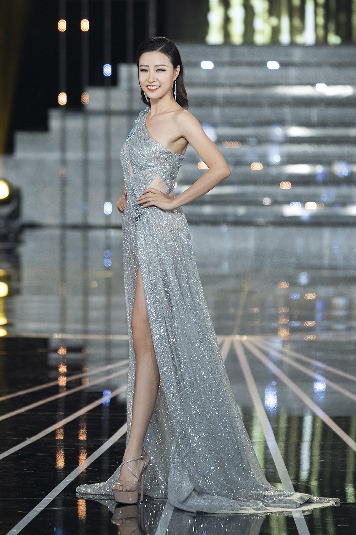 Màn dạ hội bay bổng của NTK Nguyễn Minh Tuấn trong đêm chung khảo phía Nam Miss World Việt Nam 2019 - Ảnh 3.