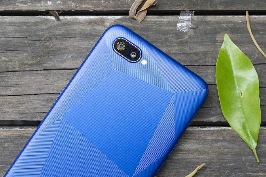 Những trend thiết kế smartphone đã lên ngôi trong 3 năm qua - Ảnh 4.