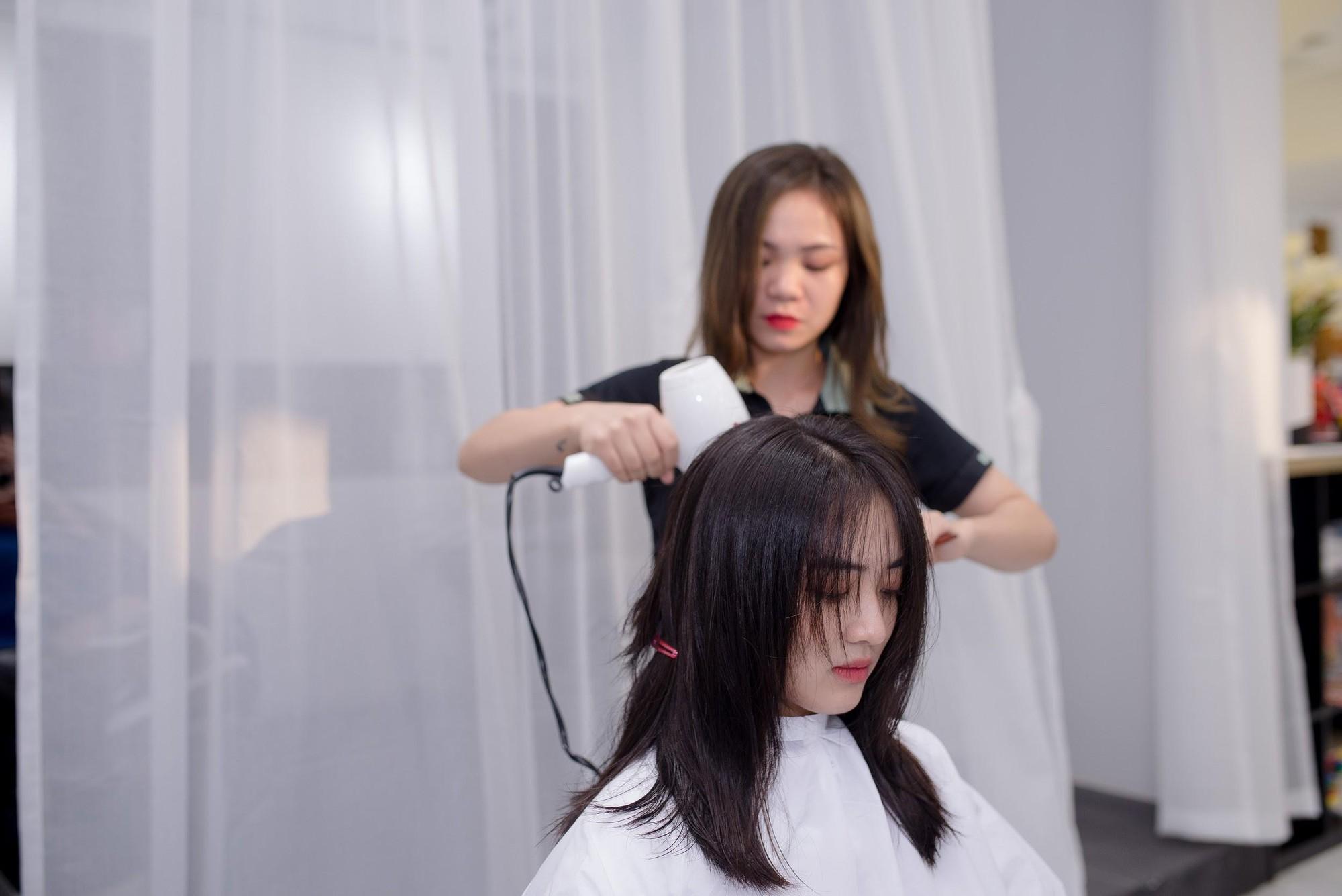 Zusso Hair Salon hút giới trẻ sành điệu Hà thành - Ảnh 6.