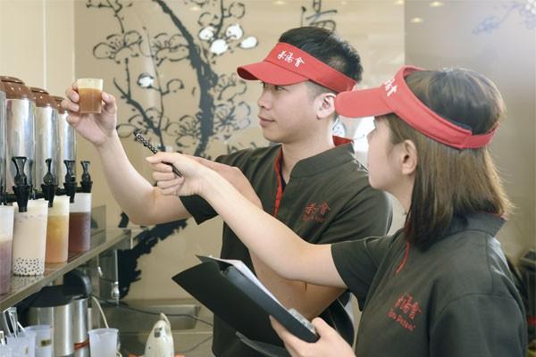 Giới trẻ xôn xao về thương hiệu trà sữaTPTeađình đám chính thức cập bến Hà thành - Ảnh 4.