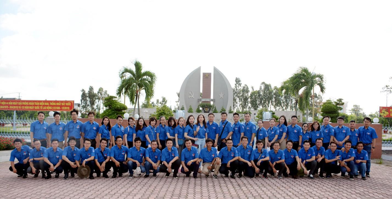 Đoàn Thanh niên PV GAS tổ chức các hoạt động chào mừng tháng 5 - Ảnh 1.