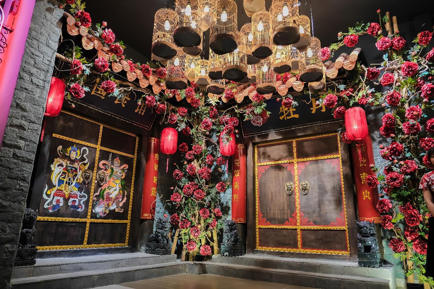 Đà Nẵng xuất hiện nhà hàng đẹp như phim cổ trang Trung Quốc bạn đã checkin chưa? - Ảnh 1.