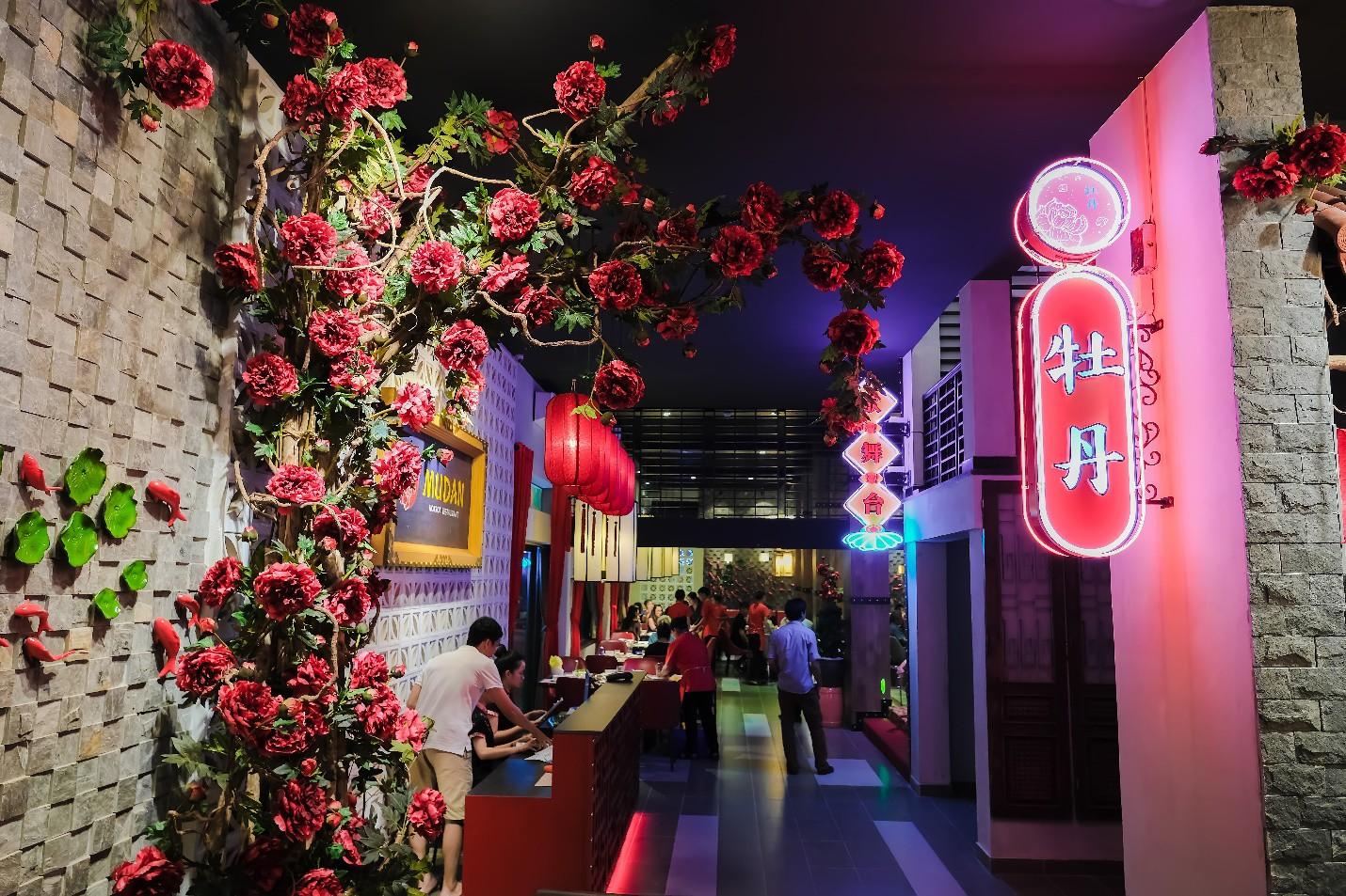 Đà Nẵng xuất hiện nhà hàng đẹp như phim cổ trang Trung Quốc bạn đã checkin chưa? - Ảnh 2.