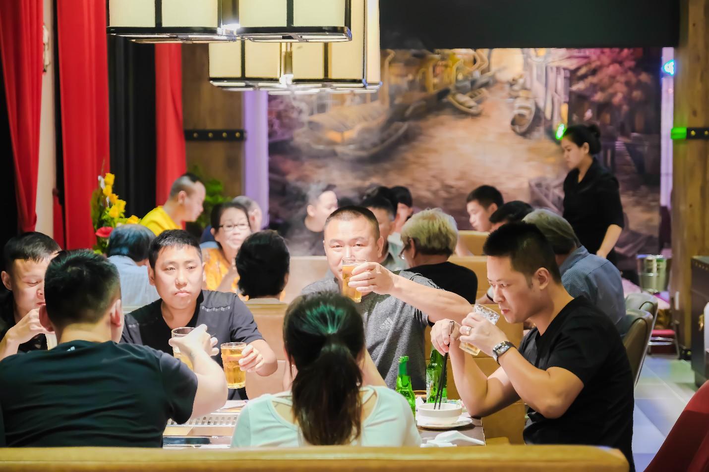 Đà Nẵng xuất hiện nhà hàng đẹp như phim cổ trang Trung Quốc bạn đã checkin chưa? - Ảnh 5.