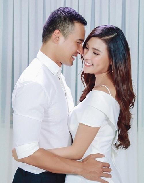 Chán chê đóng phim, vợ chồng Lương Thế Thành - Thuý Diễm lần đầu ngồi ghế nóng đấu trường nhan sắc - Ảnh 4.