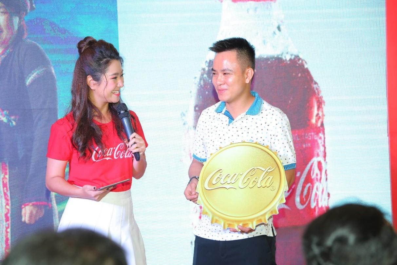 Cơn mưa vàng từ Coca-Cola: Đã đến lúc trở thành chủ nhân 5 lượng siêu to khổng lồ - Ảnh 2.