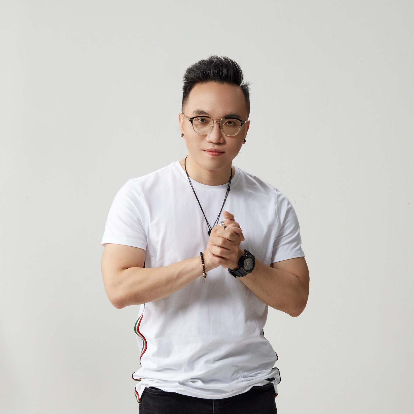 DJ Bee – MC Goku: Nghệ sĩ Việt Nam đầu tiên xác nhận tham dự Ultra Music Festival 2019 - Ảnh 1.