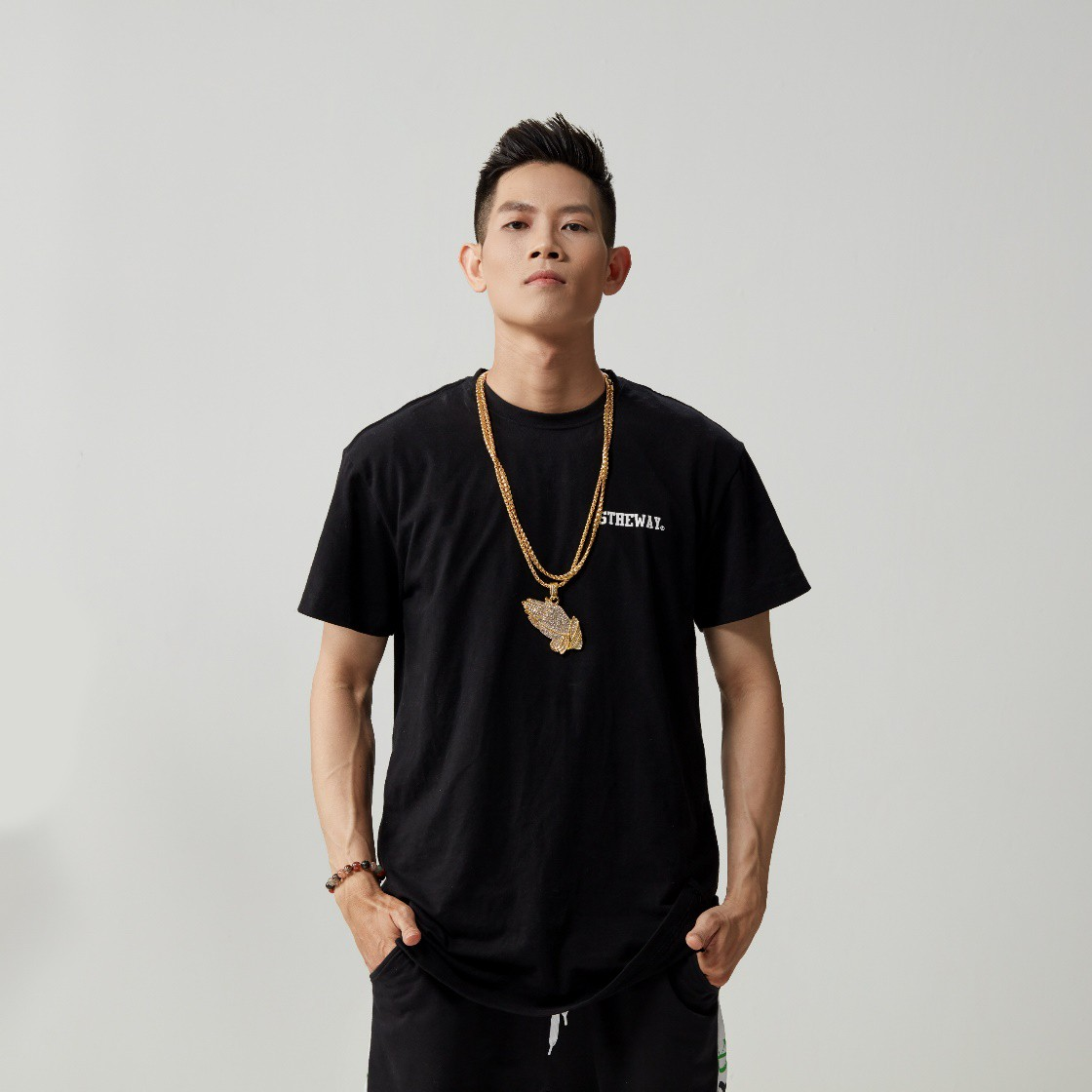 DJ Bee – MC Goku: Nghệ sĩ Việt Nam đầu tiên xác nhận tham dự Ultra Music Festival 2019 - Ảnh 2.