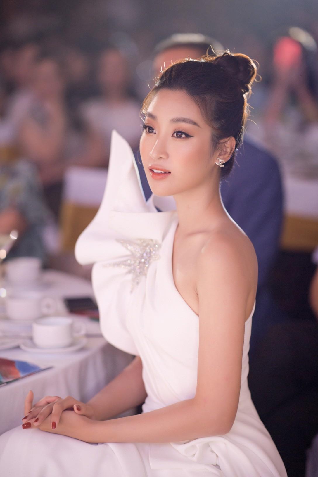Tham gia Cuộc Đua Kỳ Thú, Hoa hậu Đỗ Mỹ Linh đã làm gì để giữ được làn da sáng khoẻ? - Ảnh 6.