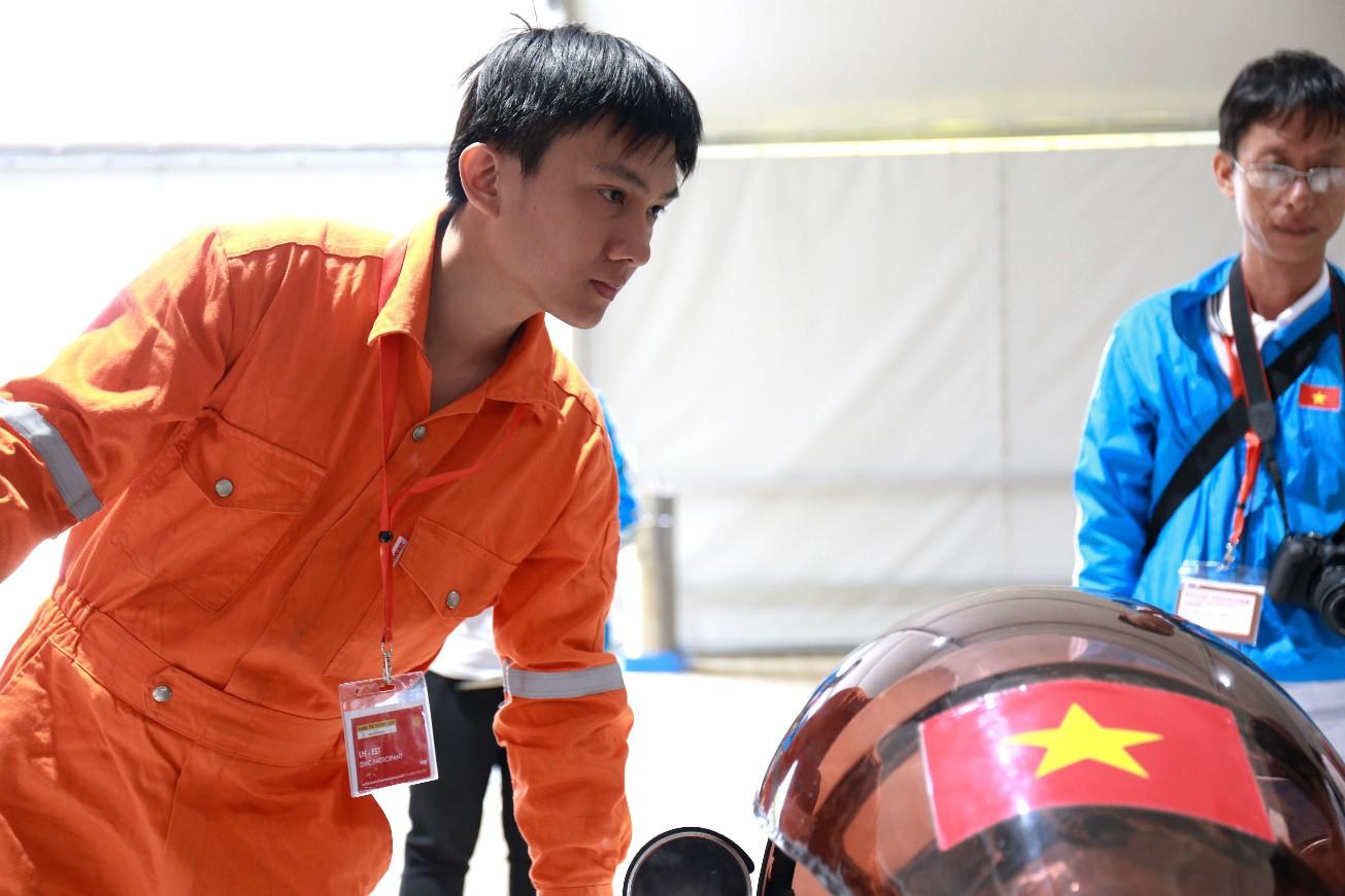 Đội LH-EST (trường Lạc Hồng) tham dự Giải Tay Đua Vô Địch Thế Giới: Một hành trình đầy thử thách nhưng tràn ngập sự thích thú - Ảnh 6.