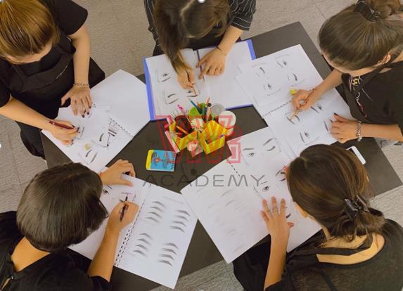 Khám phá tổ hợp làm đẹp và học viện chăm sóc sắc đẹp đang rất được lòng giới trẻ - Ảnh 6.