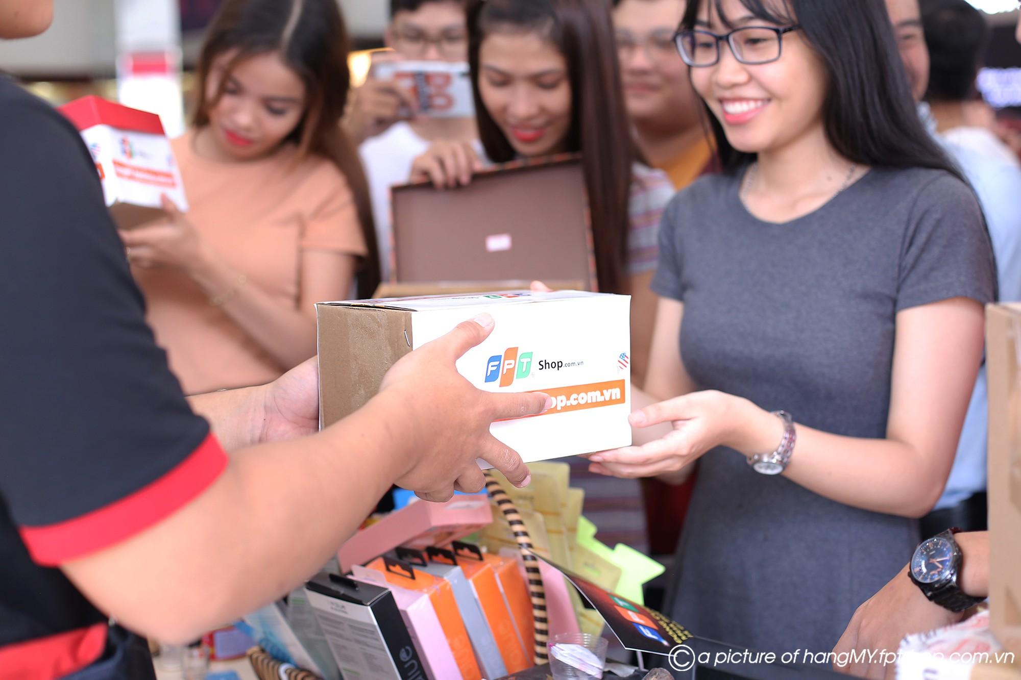 Doanh thu của FPT Shop tăng dựng đứng trong 48 giờ Prime Day - Ảnh 1.
