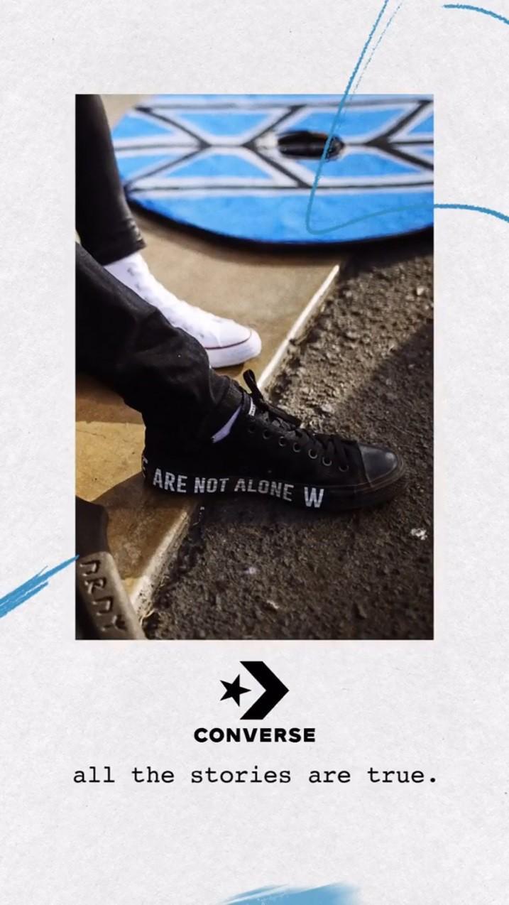 """Vỗ vai và nói """"We are not alone"""", Converse vẽ ra chiến dịch với nhiều câu chuyện phía sau - Ảnh 6."""