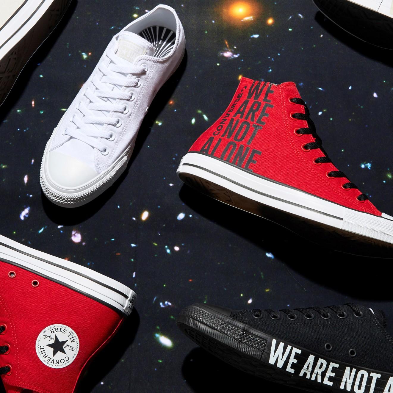 """Vỗ vai và nói """"We are not alone"""", Converse vẽ ra chiến dịch với nhiều câu chuyện phía sau - Ảnh 9."""